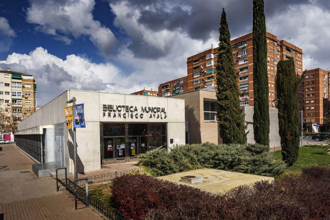 Biblioteca pública municipal Francisco Ayala, Granada.